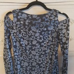 Nwot Maggy London cold shoulder dress